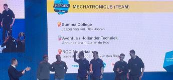 Team Mechatronica op podium